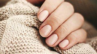 Co w trendach piszczy? Najmodniejsze kolory lakierów do paznokci na jesień!