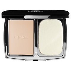CHANEL Vitalumière Éclat Compact Douceur Lightweight Compact Makeup Radiance Softness and Comfort 1/1